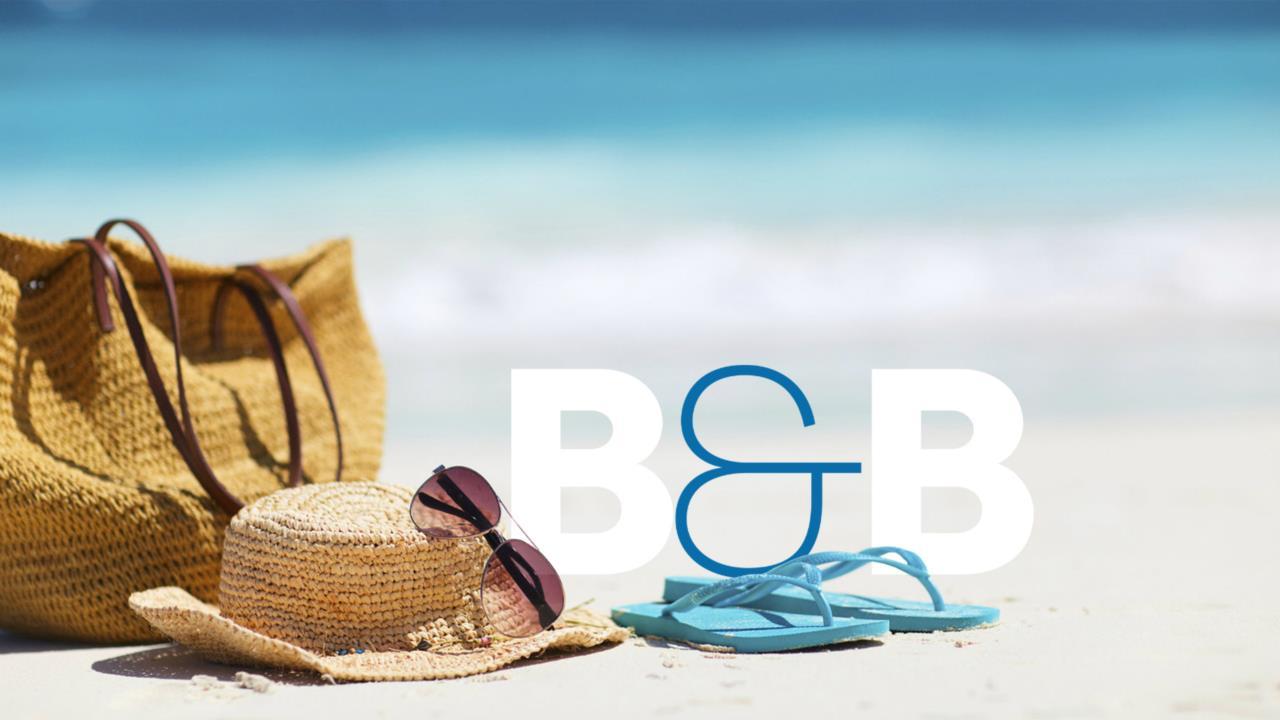 ... a pochi passa dalla spiaggia e dal centro, paradiso dello shopping e del divertimento